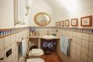 18. 2nd Bathroom