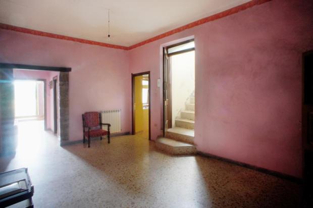 18. Bedroom