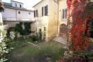 2. Courtyard
