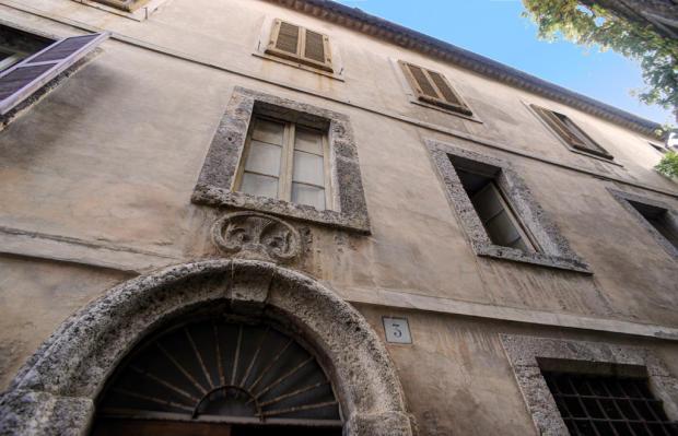 Crest over entrance