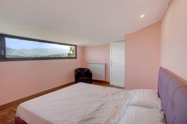 19 Bedroom