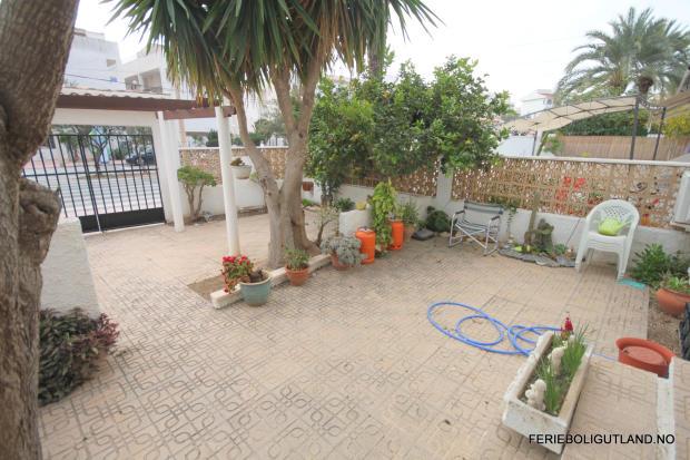 Front Terrace (3)