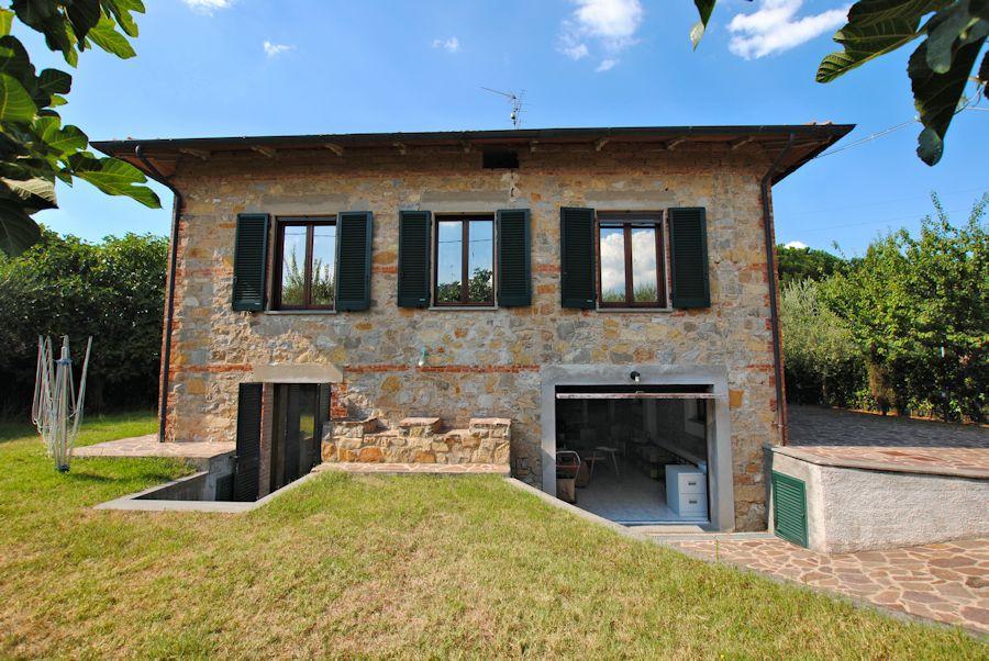 Detached house for sale in Castiglione del Lago...