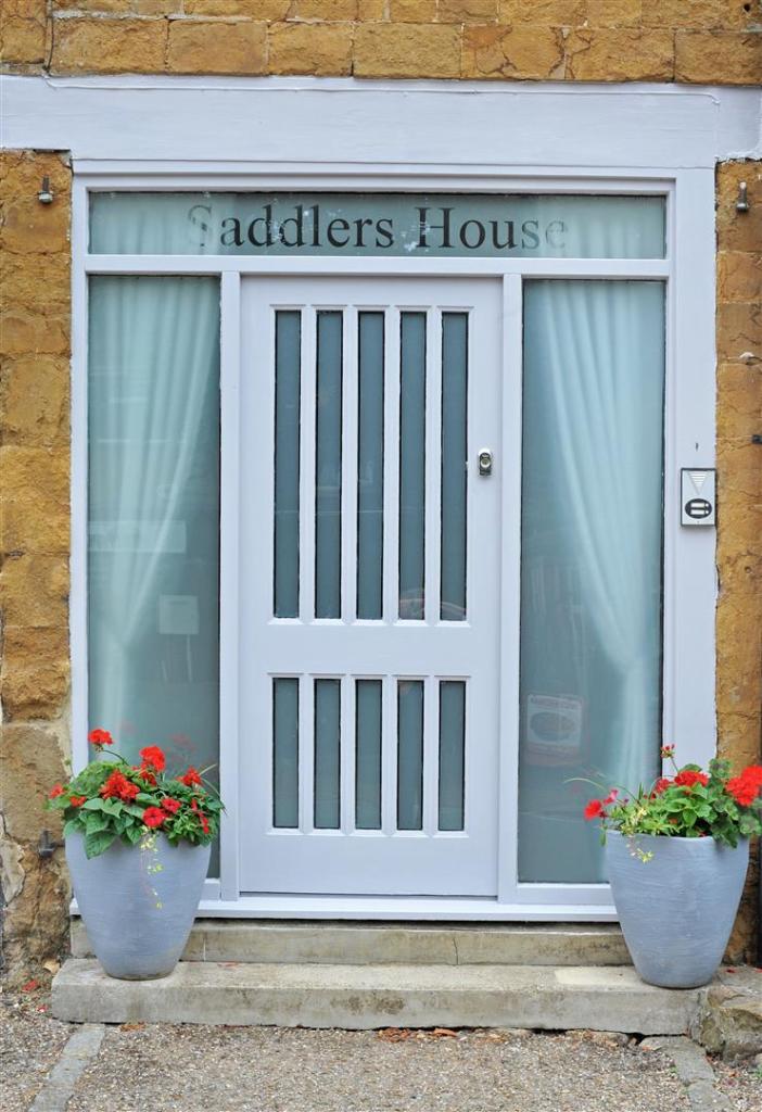 Saddlers House fpz17