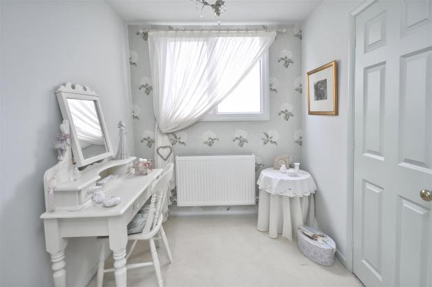 dressing room.jpg