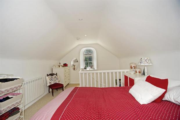 Gullivers Cottage 16