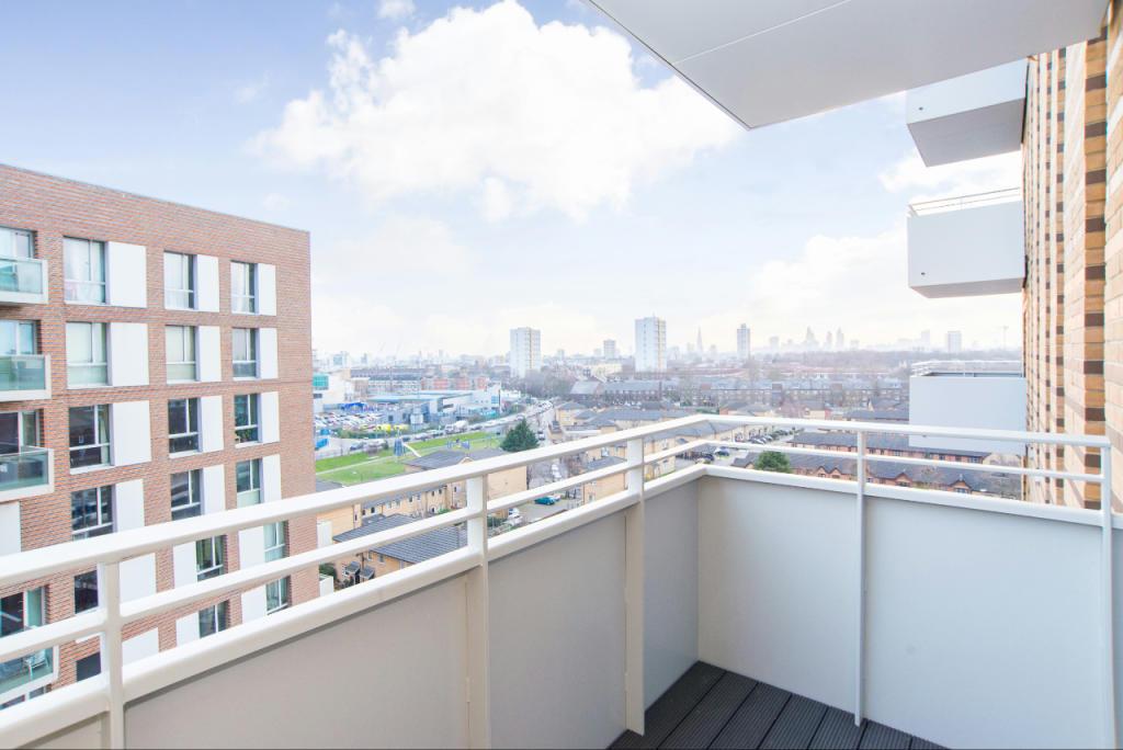 1_Balcony (2)