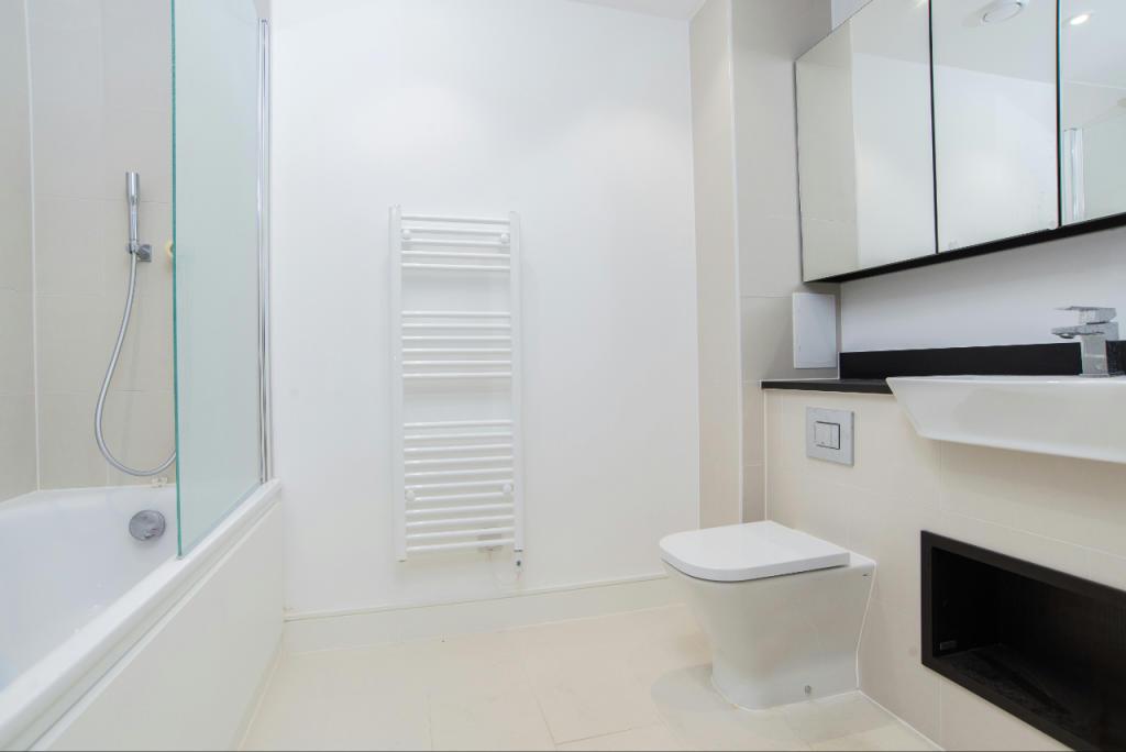 4_Bathroom (2)