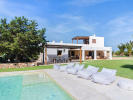 Wonderful refurbished finca with swimming pool at walking distance to the sea