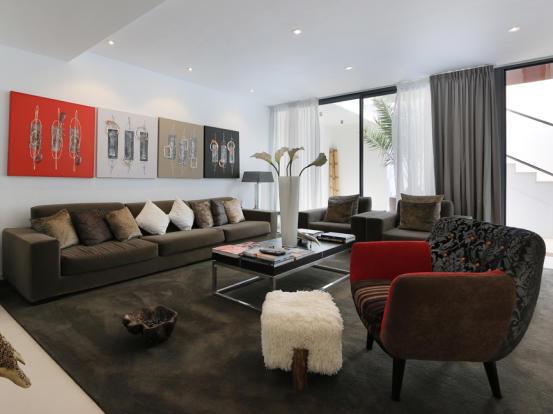 Lliving room downstairs