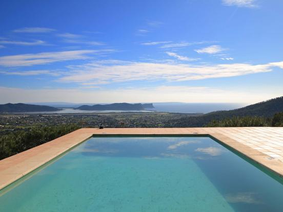 Breathtaking views from the pool area