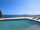 Pool and views to the sea