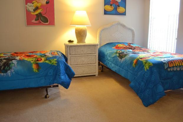 Bedroom 5 (2)