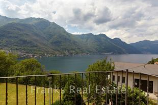 4 bed Detached house for sale in Careno, Como, Lombardy