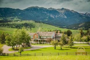 4 bed property in Montana, Gallatin County...