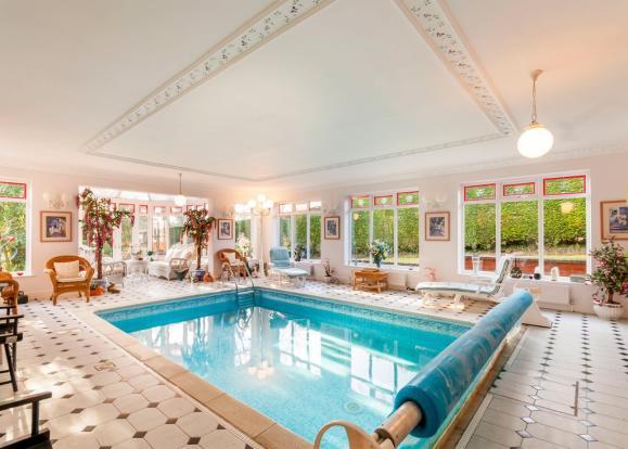 5 bedroom detached house for sale in ashton lane for Garden room braithwell