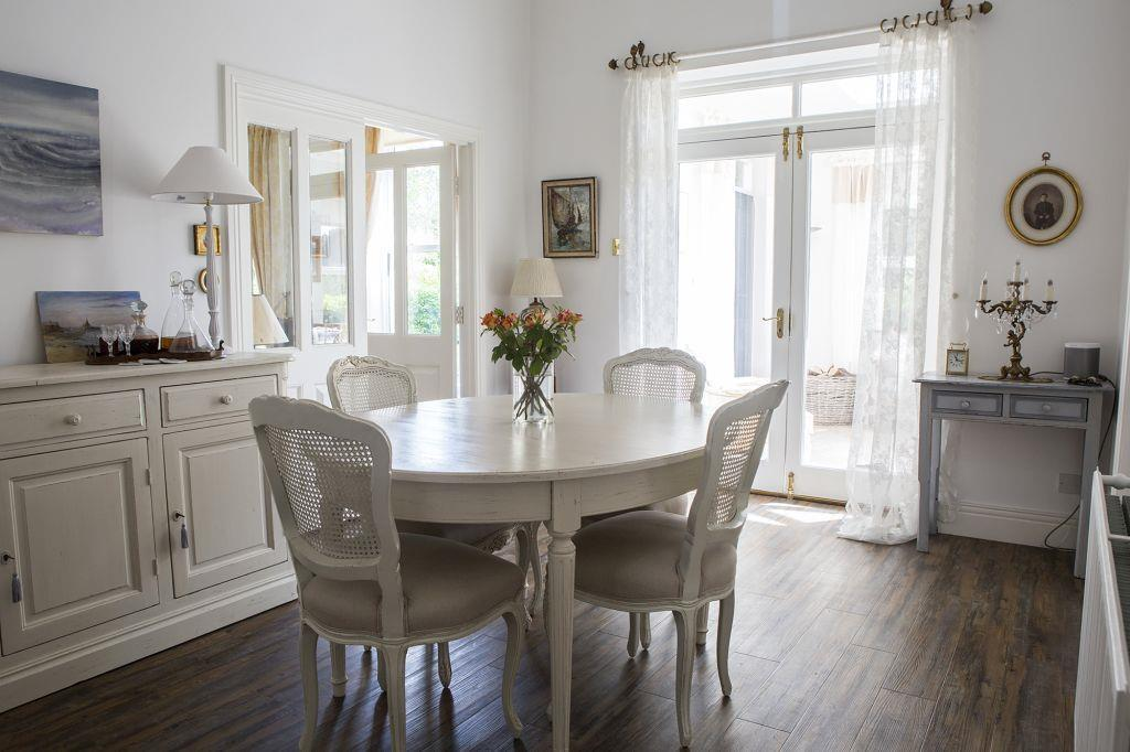Dining Room _83A3877