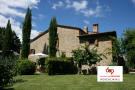 3 bedroom Farm House for sale in Tuscany, Arezzo...