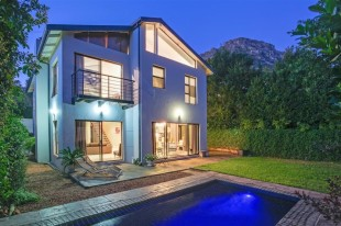 4 bedroom house for sale in Western Cape, Hout Bay