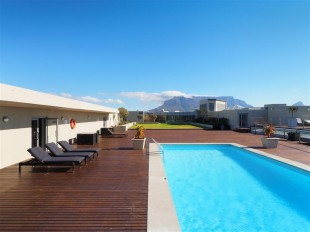 Apartment for sale in Western Cape, Cape Town...