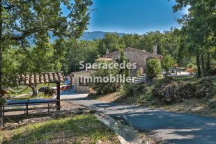 5 bed house for sale in Saint-Vallier-de-Thiey...