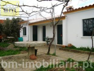 Country House for sale in Malpica do Tejo...