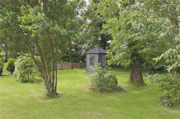 Garden/Summer House