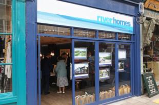 riverhomes, Greater Londonbranch details