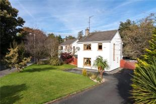 3 bed Detached home in 2 The Millrace...