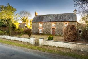 5 bedroom Detached home in Farmhouse and Land...