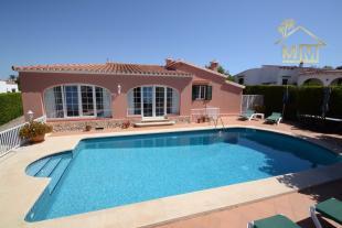 4 bedroom Villa for sale in Punta Prima, Menorca...