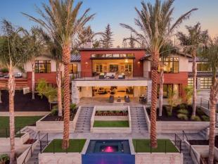 7 bed house in California...