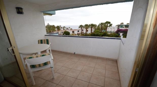 balcony sea/poolview