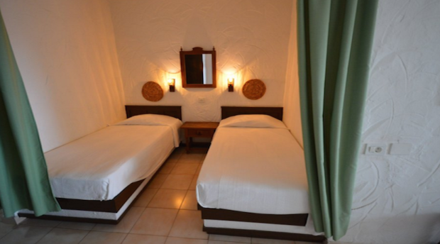 Alcove with 2 beds