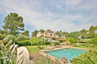 7 bedroom home for sale in Provence-Alps-Cote...