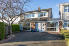 5 bedroom Detached property for sale in 20 Ailesbury Grove...