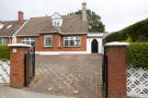4 bedroom Detached house in 12 Gort Na Mona Drive...