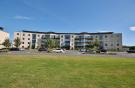 2 bedroom Flat in 231 Seabourne View...
