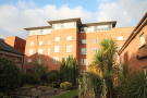 2 bed Flat in 3 College Court...