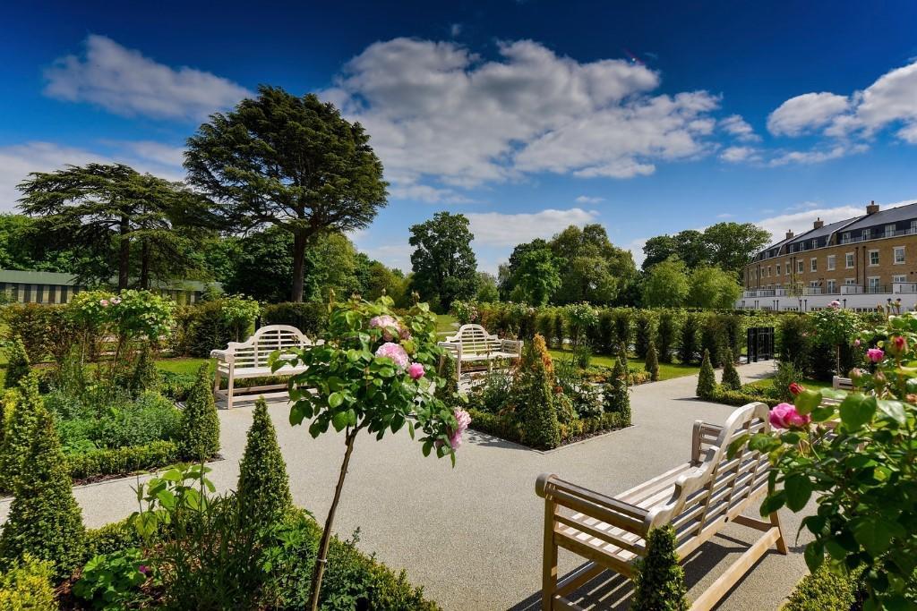 Fitzroy Gate,Garden