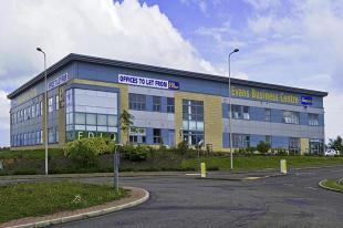 property to rent in John Smith Business Park, Kirkcaldy, KY2 6HD