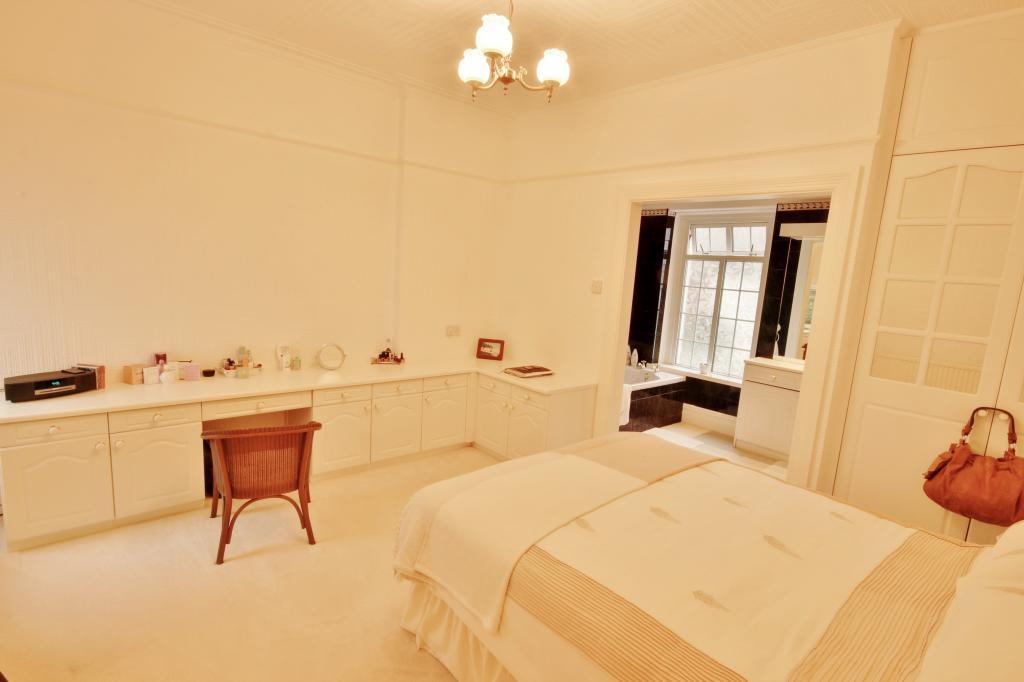 Bedroom 2 (Double with Ensuite)