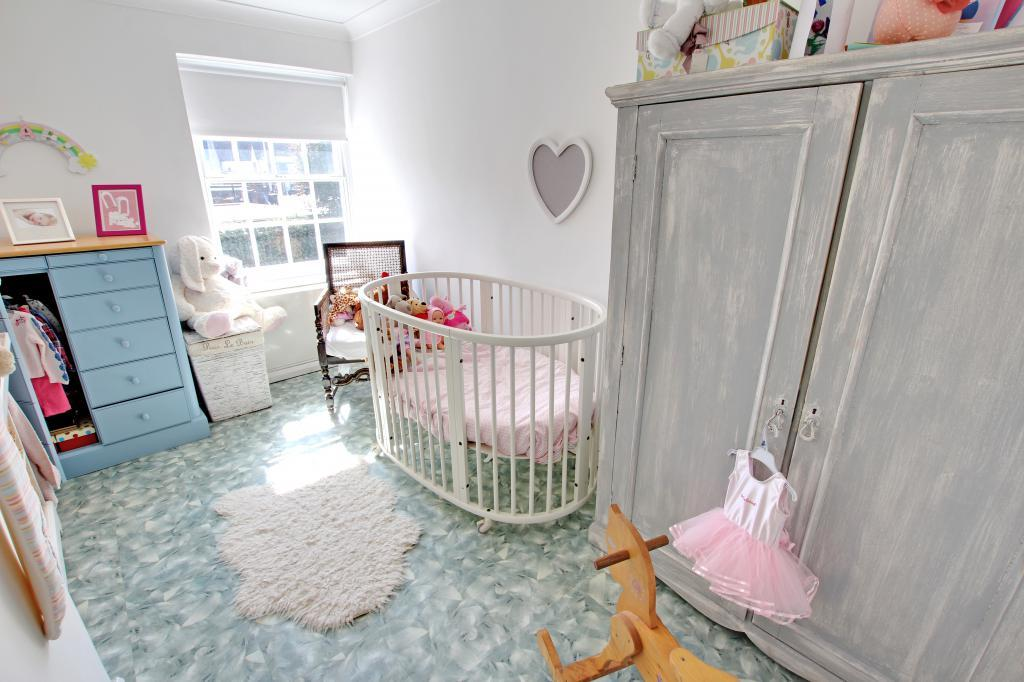 Bedroom 3/Nursery