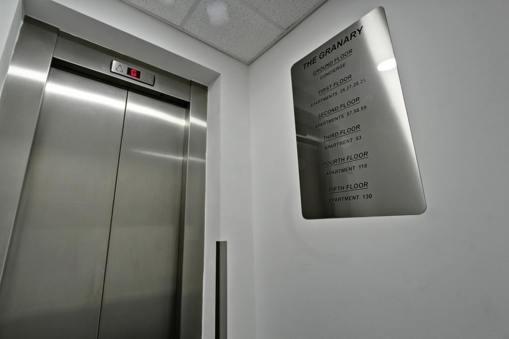 Lift To Apartment