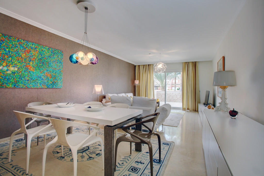 3 bed Penthouse for sale in Puerto Banus, Málaga...