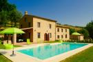 4 bedroom Country House for sale in Le Marche, Macerata...