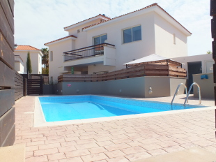 3 bedroom semi detached property for sale in Limassol, Pyrgos