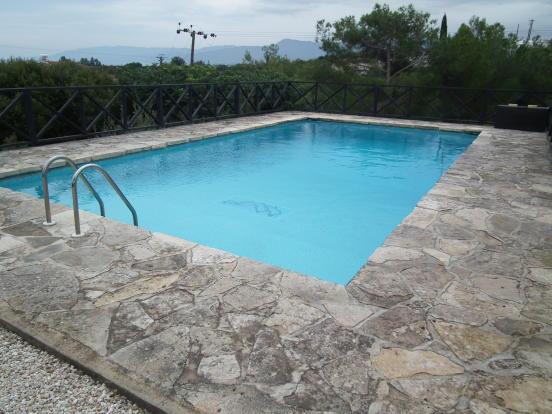 Tiled swimming pool
