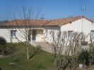 2 bedroom Bungalow in Poitou-Charentes...