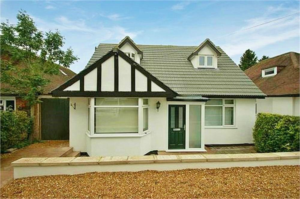 4 Bedroom Detached House For Sale In Tippendell Lane Park